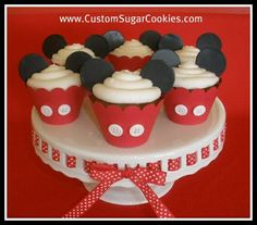 Mickey Mouse Cupcakes!much better