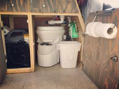 Great description of how to install and use a portable composting toilet in a campervan conversion, skoolie, RV or tiny house. I love that composting toilets are small enough not to compact your campervan layout, but large enough to feel like a real toilet! They are portable, chemical free and great for the environment. Perfect for a #vanlife adventure!