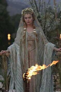 Sophia Myles in Tristan & Isolde
