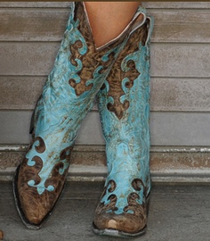 Adore. Maybe my black cowboy boots need a friend... Ya know.