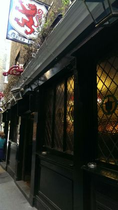 The Red Lion; Beautiful Old Traditional London Pub