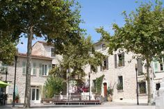 Place de Gaulle, La Colle-sur-Loup #lacolle #provence Gaulle, Place, Provence, Mansions, Street, House Styles, Old Stone, Wolves, Manor Houses