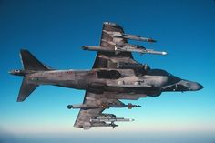 Fully loaded Harrier II of the Italian Navy. Fighter Aircraft, Fighter Jets, Naval Aviator, British Aerospace, Indian Navy, Royal Air Force, Royal Navy, Usmc, Military Aircraft