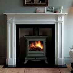 Chesneys Beaumont 8kW Multifuel Stove in Black