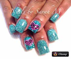 Acrylic glitter nail art idea for short nails Colored Acrylic Nails, Gel Acrylic Nails, Gel Nail Art, Acrylic Nail Designs, Nail Art Designs, Fingernail Designs, Nails Design, Get Nails, Love Nails