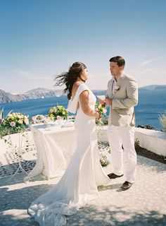 This Santorini Elopement is Totally Breathtaking