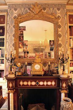 New York bedroom of Howard Slatkin. Habitually Chic®