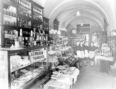 Gerbeaud 1940 (Cluj/Kolozsvar) Budapest Hungary, Romania, 19th Century, Times Square, The Past, Flag, Restaurant, Google, Travel