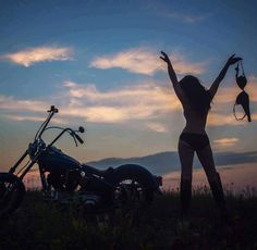 Many motorcycle women are waiting someone to invite them for a ride, If you're still single, you will have more chance to meet and date one of them after you joinning a biker dating site to find motorcycle women who are single and serious about relationship. What are you waiting for.. Get Start today.