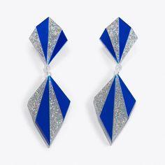 Art Deco Chandelier Earrings (€26) ❤ liked on Polyvore featuring jewelry, earrings, chandelier earrings, laser cut earrings, earring jewelry, deco jewelry and chandelier jewelry