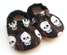Buy Now LAST PAIR 12-18 mos // skull shoes toddler skull shoes...