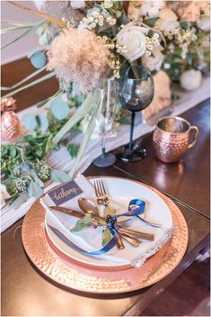 Wedding table accented with copper details. Bethany and Luc - Fall Backyard Ottawa Wedding - Copper and Navy - PhotosbyEmmaH. Home Wedding, Wedding Table, Wedding Day, Retro Wedding Theme, Wedding Stationery, Wedding Planner, Copper Wedding, Event Company, Wedding Signage