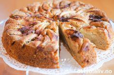 Eplekake med crème fraîche og kanel | Det søte liv Banana Bread, Sweet Tooth, Muffin, Baking, Breakfast, Desserts, Food, Norway, Autumn