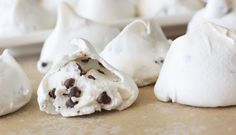 Sweets Forgotten Cookies: Like Biting into a Cup of Hot Chocolate Topped with Whipped Cream – The Mom Bob Chocolate Topping, Mini Chocolate Chips, Hot Chocolate, Christmas Candy, Christmas Treats, Christmas Cookies, Christmas Baking, Christmas Sleighs, Christmas Baskets