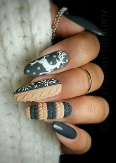 Best And Merry Christmas Nail Art Ideas - Page 3 of 37 - newyearlights. com - fall nails; Cute Christmas Nails, Xmas Nails, Christmas Nail Designs, Holiday Nails, Merry Christmas, Christmas Crafts, Christmas Room, Christmas Ideas, Christmas Decorations