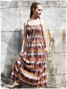 vestito lungo estivo Magda  Vestito  lungo  estivo arricciato intorno al  seno d7ec56129a9