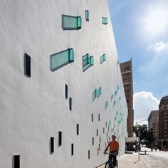 """Lewis.Tsurumaki.Lewis 
