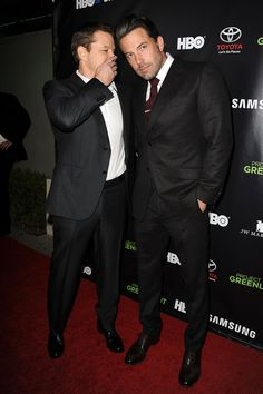 Pin for Later: This Week's Can't-Miss Celebrity Photos  Buddies Matt Damon and Ben Affleck reunited on the red carpet on Friday.
