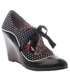 Black White Vintage Dotted Brightly Beaming Wedge Heels (41210-CS-BRIGHTLYBEAMINGBW) van Consolidated Shoes - Beam brigh...Price - $129.00-6eHDB687
