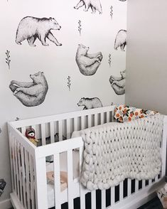 Love the bears in this baby nursery decor for a great gender neutral nursery design idea.  More baby nursery themes plus the top nursery trends for 2018