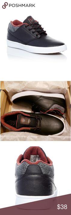 37c2b488b7bbfc Etnies Skate Shoe - Unisex New in box Leather Upper Womens 9.5 Mens 8 Etnies  Shoes