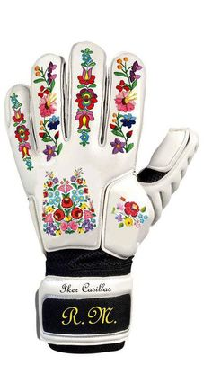 The Real Madrid soccer team's goalkeeper on Facebook asked his supporters to design a glove for him for the Saturday match against Barcelona Spain. Many Hungarian candidates were on track but Csonka Gergo studying in Barcelona led competition virtually from the beginning . Unfortunately the image that one had to vote for was removed by Facebook several times, so he had to start all again.