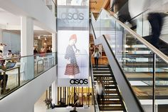 Architectural designers MoreySmith have completed the newly-expanded headquarters for online fashion retailer ASOS at Greater London House. http://en.51arch.com/2013/08/morey-smith-london-asos-headquarters/