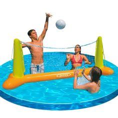 Juego hinchable Intex de volleyball flotante.  Fabricado con vinilo resistente de alta calidad. Las bases están diseñadas para añadir peso a los anclajes. Incluye balón hinchable y kit de parches.  Medidas: 239x64x91 cm