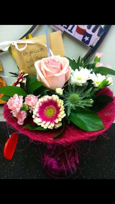 Interflora perfect gift sent from a fan to beyonce hope she liked it #pennyjohnsonflowers #beyonce #pinkflowers