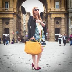 Read our interview about fashion and Italian lifestyle with personal shopper image consultant and blogger @cristina_ferro.  We asked Cristina to choose and model 3 outfits of her choice inspired by The Bridge #ss16 collection.  Here you can see her wearing a colorful yet elegant dress and our Unica small handbag from #TheBridge #SS16 collection. . .  Read the article and see the other outfits on #TheBridge Journal - Link in bio   Photo credits: original photo by Michela Goretti…