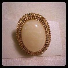 I just discovered this while shopping on Poshmark: Beautiful Statement Ring. Check it out!  Size: 8
