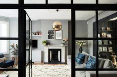 Стильный двухэтажный дом с верандой – Красивые квартиры