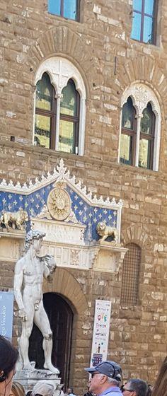 Florenz - Michelangelos David - ein Meisterwerk der Renaissance Michelangelo, Renaissance, Mount Rushmore, David, Mountains, Nature, Travel, Florence, Naturaleza