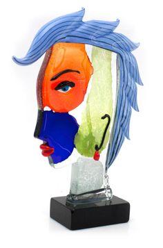 En vente dimanche 24 avril 2016 par Cannes Enchères à Cannes : Mario BADIOLI (né en 1940). Juliette Murano. Sculpture en verre. Pièce unique. Signé sur la terrasse. H : 46 ; L : 35 ; P : 10 cm. Est. 1 500 - 2 000 euros.