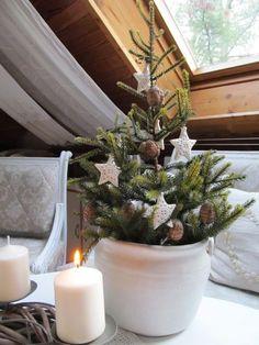Simple Christmas, Christmas Time, Christmas Wreaths, Christmas Inspiration, Xmas Decorations, Tea Lights, Handmade, Design, Home Decor