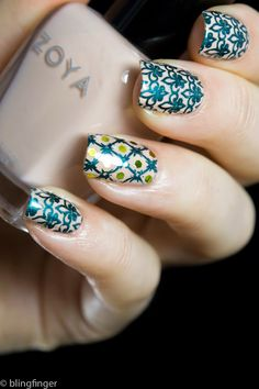 Blingfinger: French Lily - Nail Art Stamping