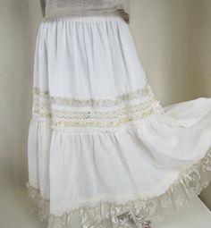 Bohemian skirt. Ivory long skirt. Boho skirt. by BohoEklektika