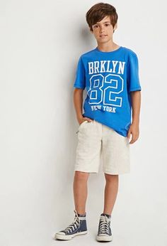 Forever 21 is the authority on fashion & the go-to retailer for the latest trends, styles & the hottest deals. Teen Boy Fashion, Toddler Boy Fashion, Little Boy Fashion, Teen Kids, Kids Boys, Hipster Kid, Kids Photography Boys, Forever 21, Boys Suits