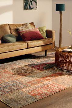 Home Decor Inspiration, House Interior, Small Living Room Decor, Scandinavian Interior Style, Natural Home Decor, Interior Design Living Room, Interior, Home Decor, Classic Home Decor