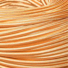 Op zoek naar mooi goudkleurig strijkijzersnoer? Je vindt het bij Stoersnoer voor maar € 4,25 per meter! Snelle verzending en 100% tevredenheidsgarantie.