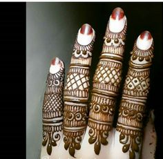 Traditional bridal henna hands ideas for 2019 Finger Henna Designs, Henna Art Designs, Mehndi Designs 2018, Mehndi Designs For Girls, Mehndi Designs For Beginners, Modern Mehndi Designs, Wedding Mehndi Designs, Mehndi Designs For Fingers, Mehandi Designs