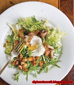 Frisée Salad with Poached Eggs and Bacon Recipe