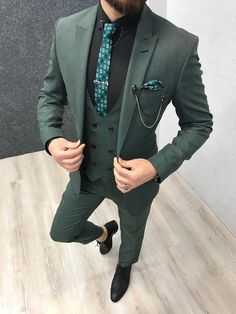 The Pompeius Slim Fit Wool Suit – Green three piece suit with black shirt and green checks tie Stylish Mens Fashion, Mens Fashion Suits, Mens Suits, Stylish Man, Man Fashion, Fashion Trends, Green Suit Men, Blazer Outfits Men, Dress Outfits