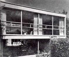 Vista de la entrada, Casa en San Ángel, San Ángel Inn, Alvaro Obregon, Mexico DF c. 1950  Arq. Enrique Carral Icaza  Foto. Guillermo Zamora -  View of the entrance, House in San Angel, San Angel Inn, Mexico City c. 1950