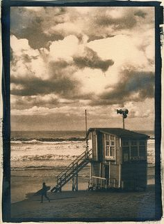 Cyanotype.... by P_ A_U_L_O ... from his photostream..#clouds #beach #surfer