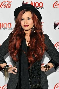 Demi Lovato Long and Ombre Hair Color For 2013-04