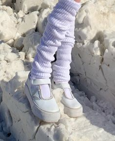 Winter Fairy, Snow Girl, Aesthetic Shoes, Snow Angels, Ice Princess, Grunge Girl, Baby Winter, Shoes Heels Boots, Body