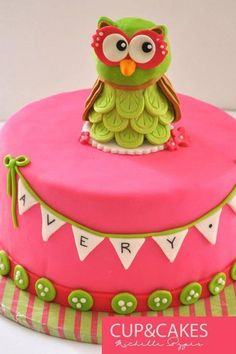 Owl Cake, for my baby girl, she is turning 20 this may. And she love owl's. I can make this one for her.