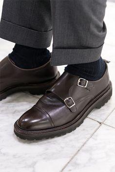 d7afe90cfc7 WH ダブルエイチダブルモンクストラップを履く干場義雅氏 Men s Footwear