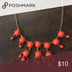 🆕Red/Orange Bubble Necklace Lovely statement piece. Jewelry Necklaces